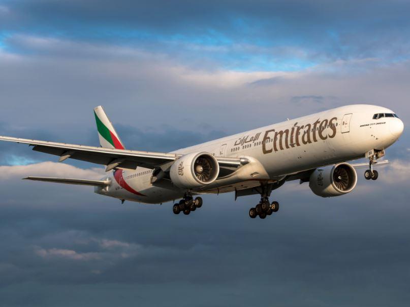 emirates 777 plane