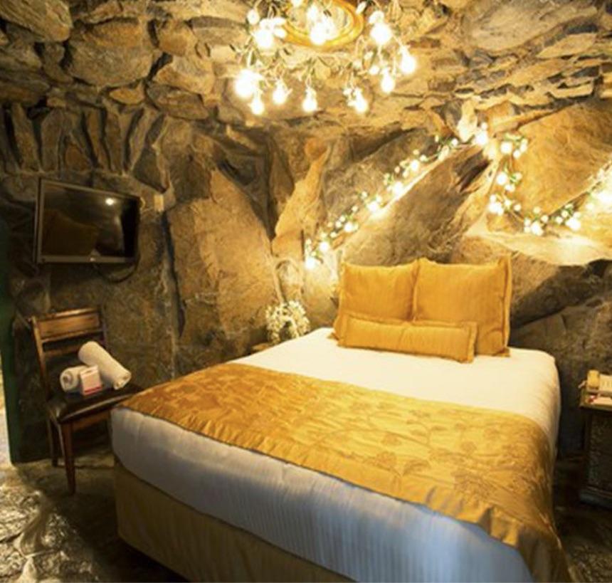 madonna inn california hotel rock room