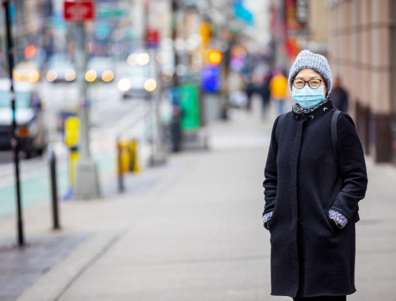 women wearing mask in new york city