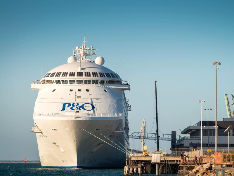 po cruise ship dock
