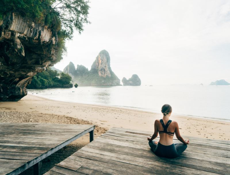 railay beach yoga