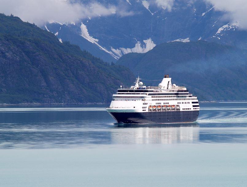 cruise ship in alaska