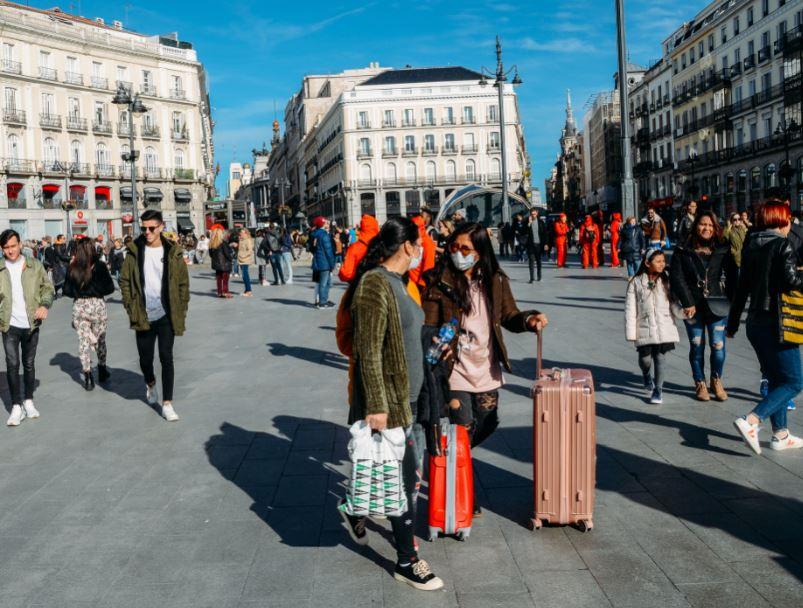 spain madrid tourists masks
