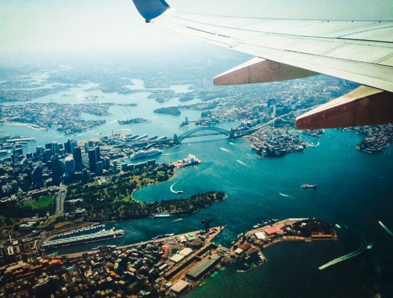 sydney harbour view plane