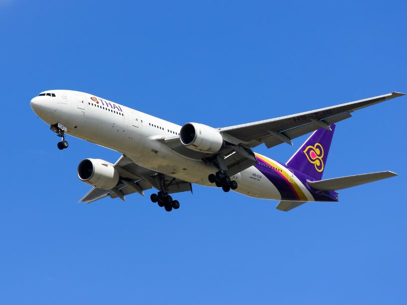 thai-airways-flight