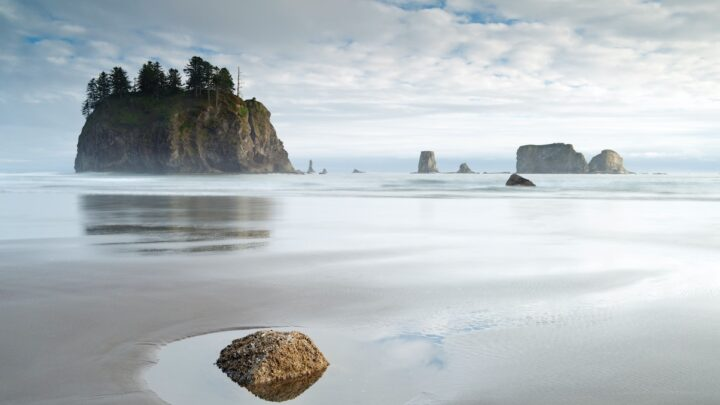 Top 10 Pacific Northwest Hotels For Your Summer Getaway