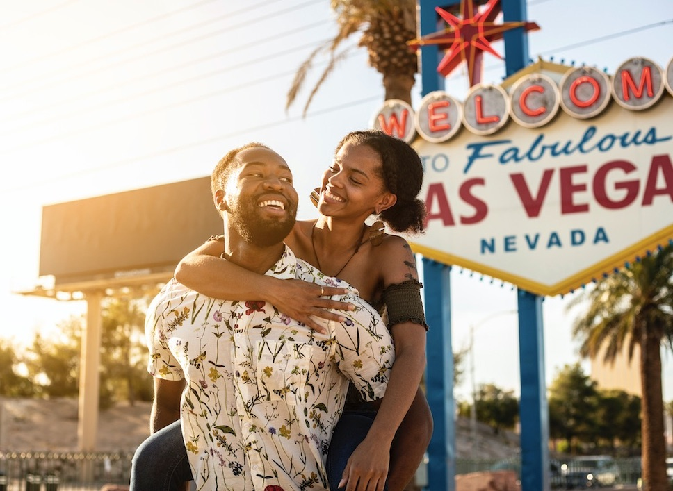 las vegas expecting huge tourism numbers spring 2021