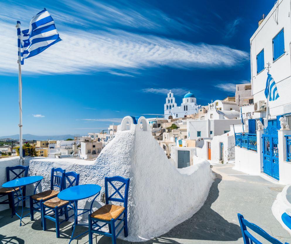Greece Cafe in Santorini
