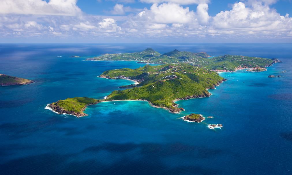 St. Barths eyes could open with vaccination campaign starting soon