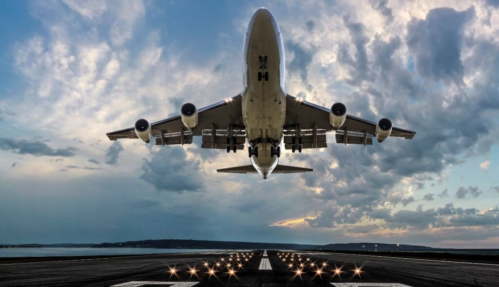 US Airlines Optimistic As Leisure Travel Grows