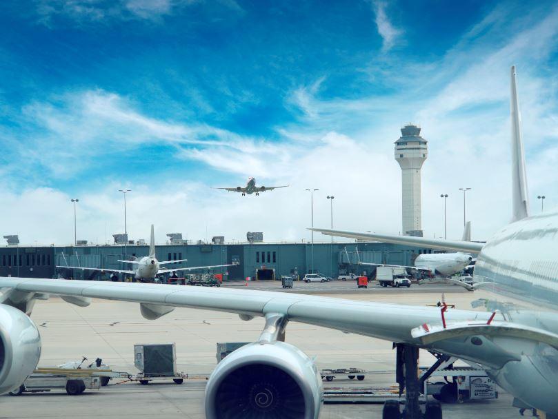 airplanes airport atc