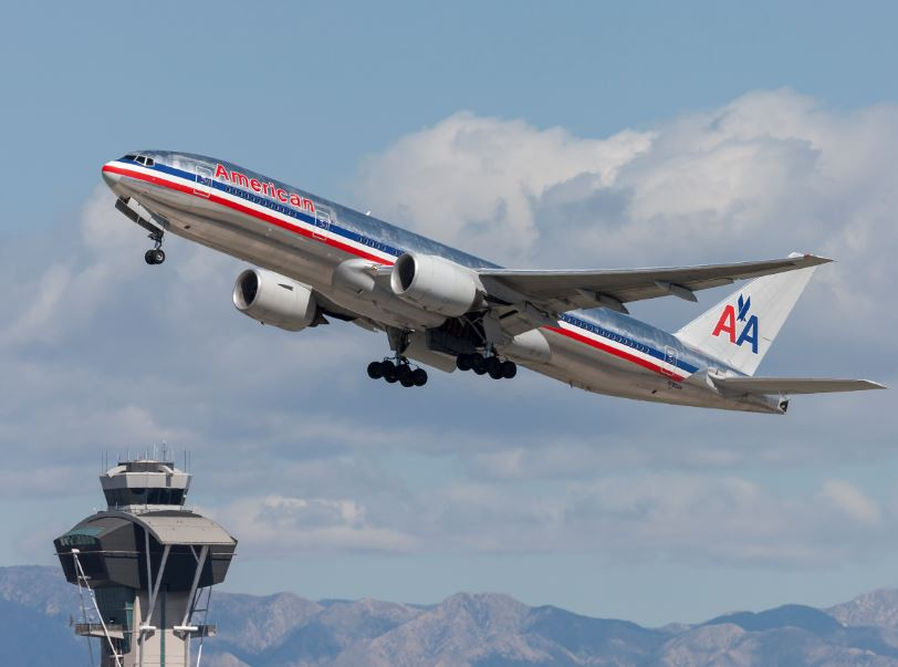 american airlines take off