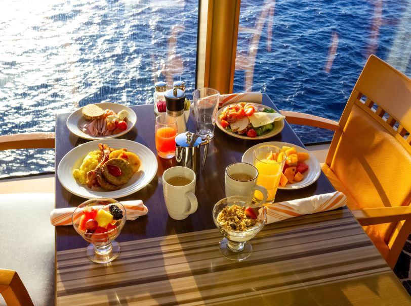 cruise ship luxury breakfast