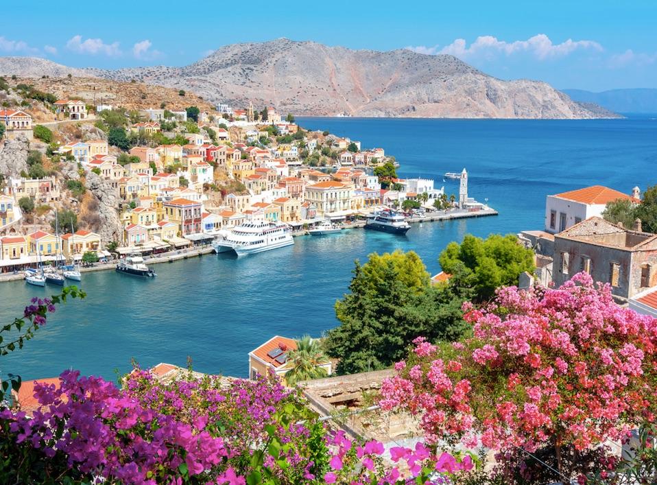 cruises grecce june 2021