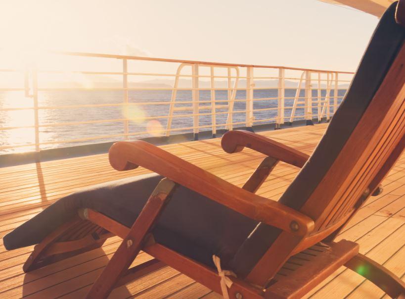 deck chair cruise ship