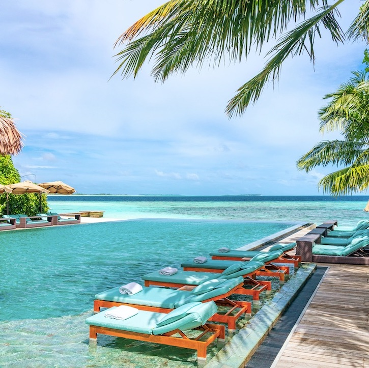 maldives allowing vaccinated tourists without testing