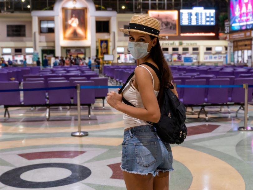 traveler mask thailand airport