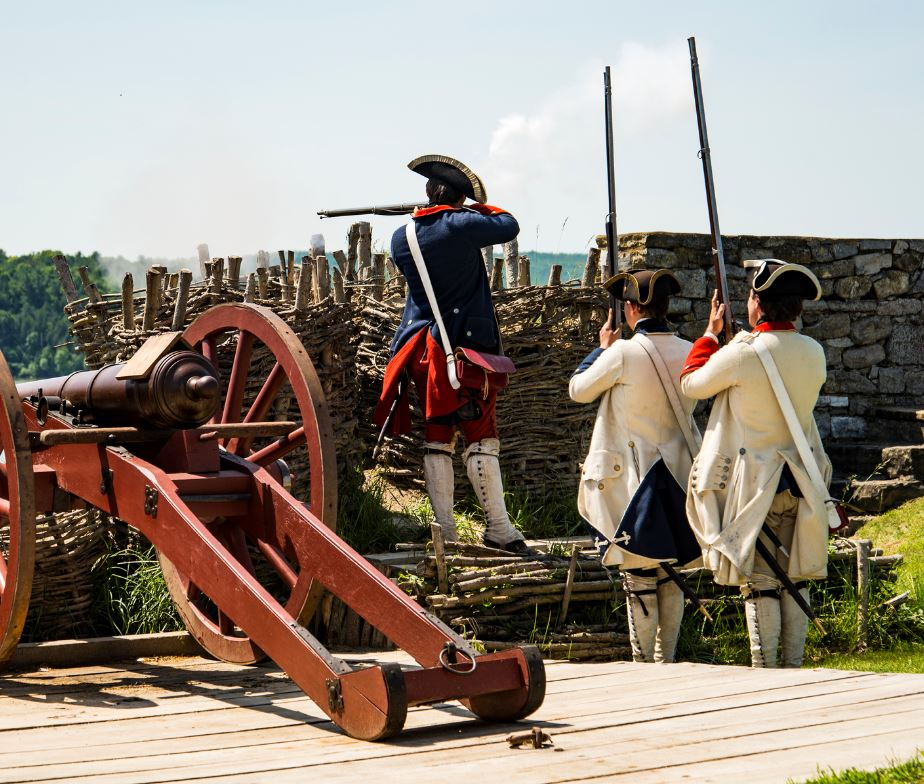 Battle reenactment soldiers, Fort Ticonderoga