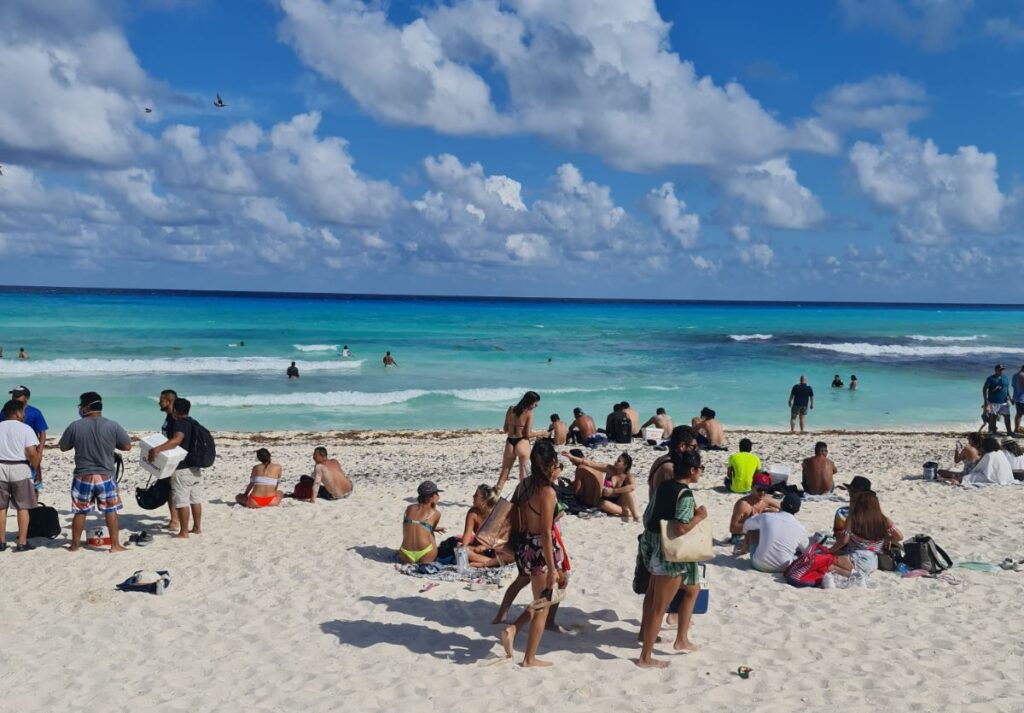 Cancun Will Not Close Says State Secretary Of Health