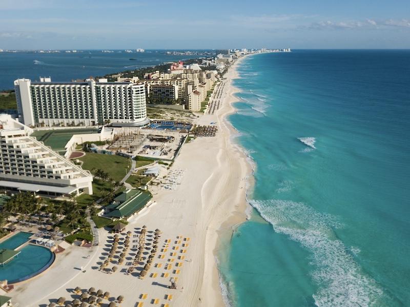 Cancun-hotels-beach-aerial-view