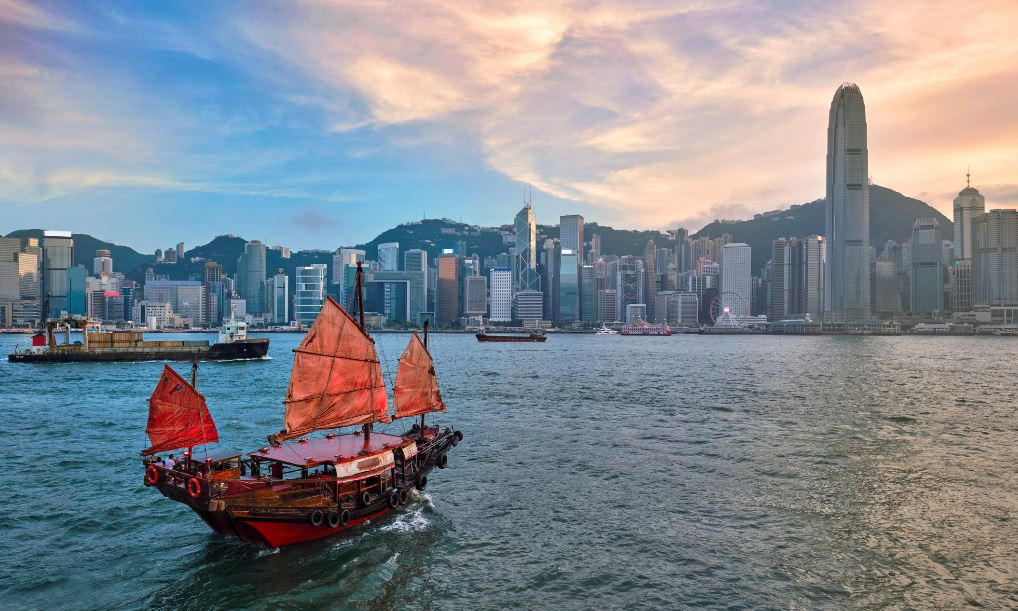 Hong Kong-Singapore Travel Bubble At Risk Of Bursting As Cases Rise