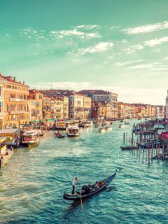 Italy Set To Cut Quarantine For North American Travelers