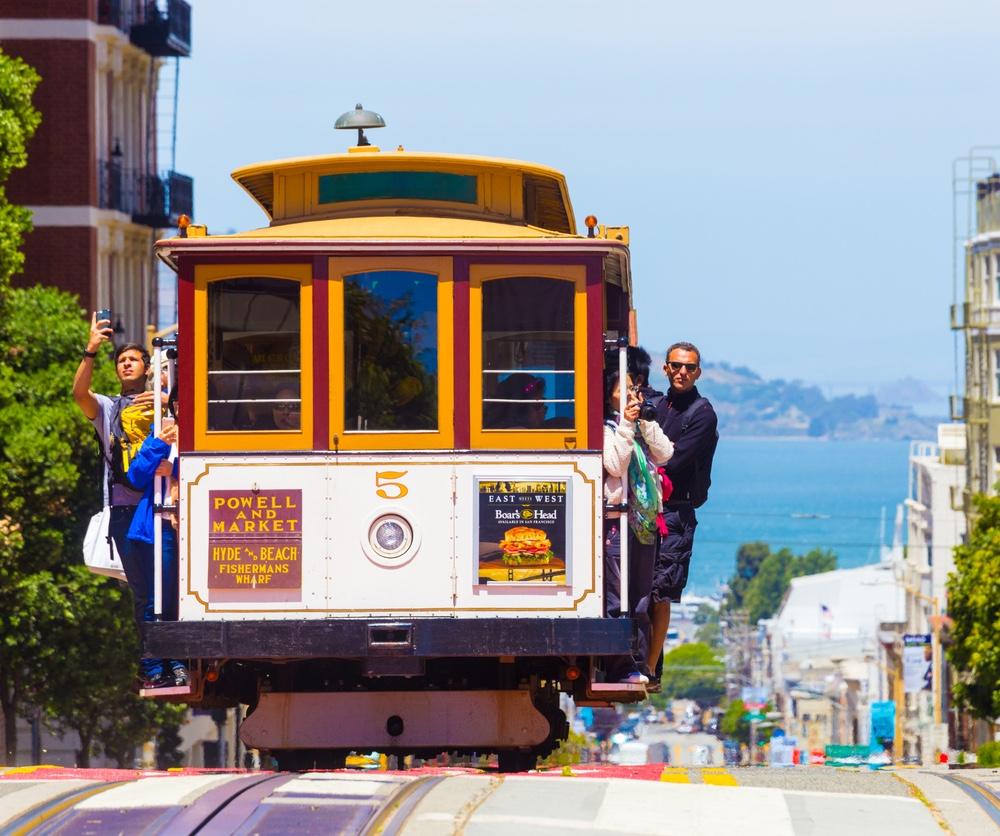 San-Francisco-cable-car-2
