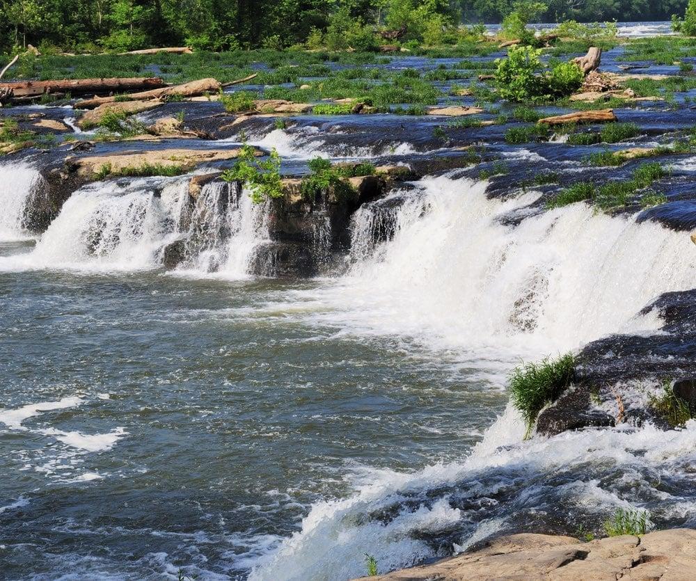 Sandstone Falls Waterfall.