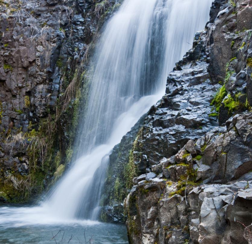 Hike Umtanum Falls Trail
