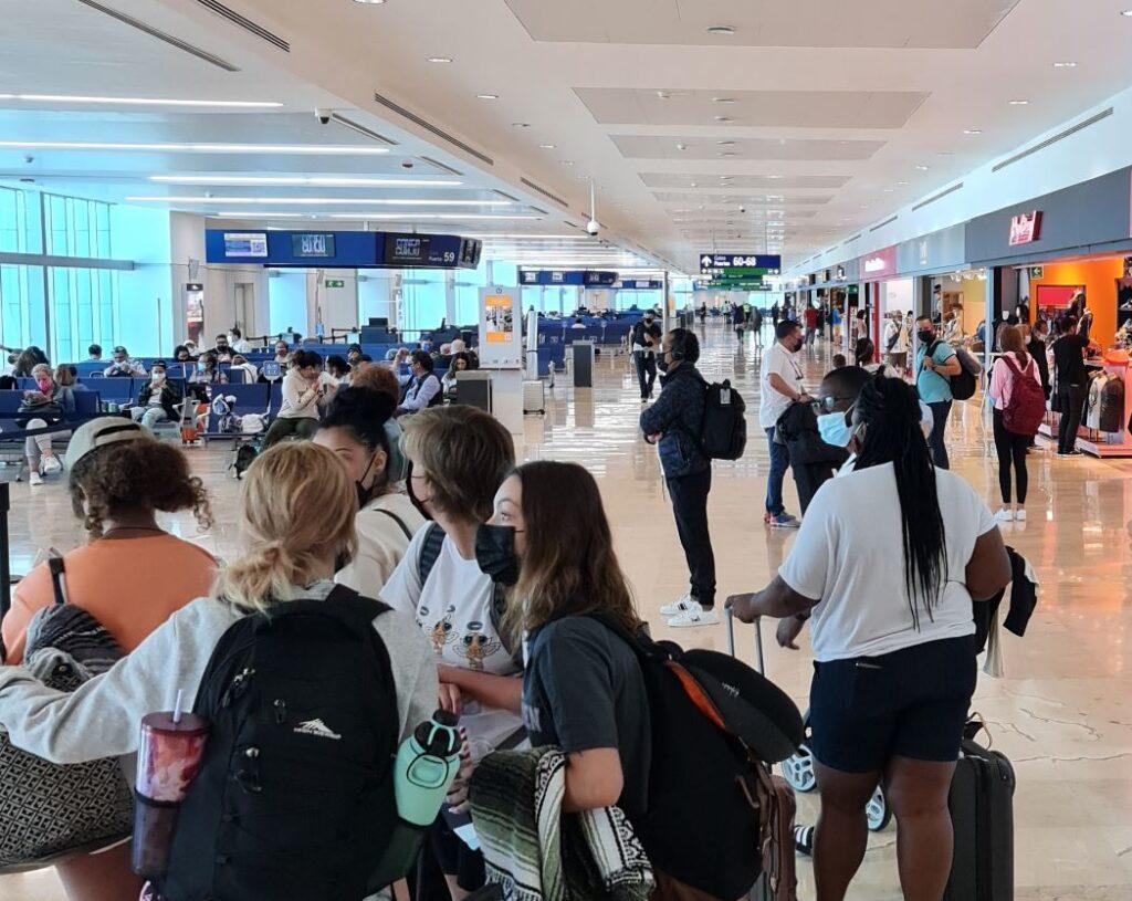 cancun-airport-masks-1024x815-1