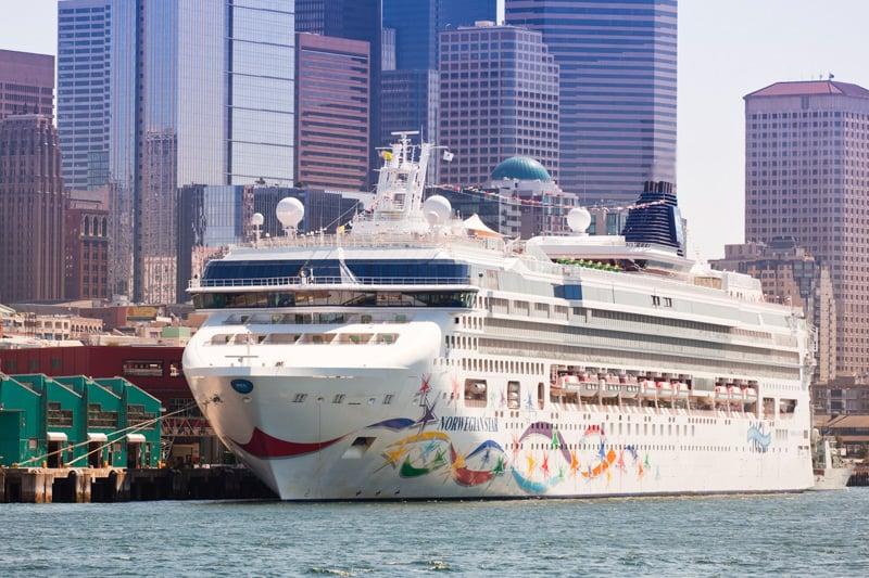 cruise ship in seattle