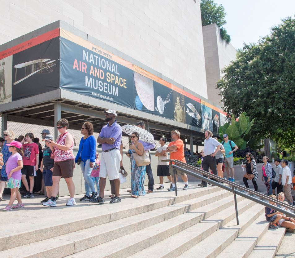 National air and space museum visitors
