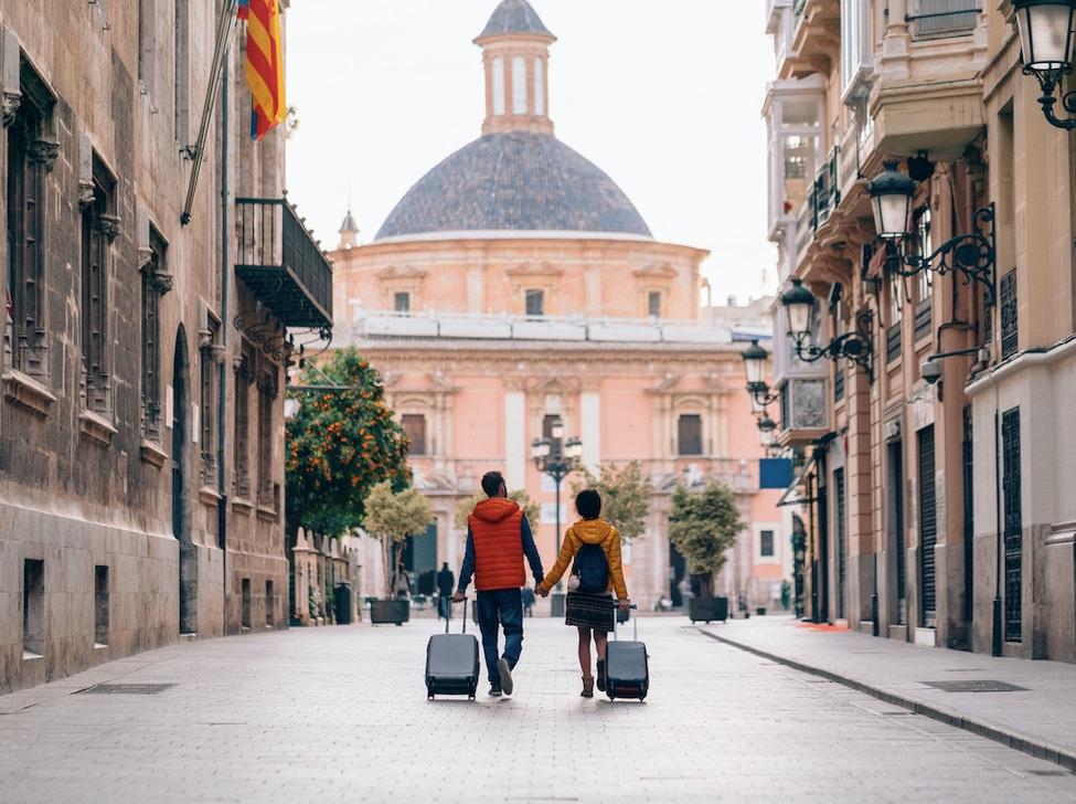summer tourism returns to EU