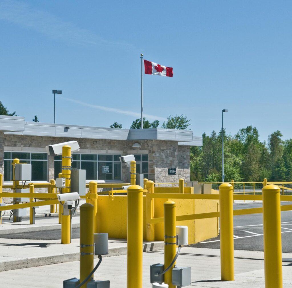 Canada Land Border