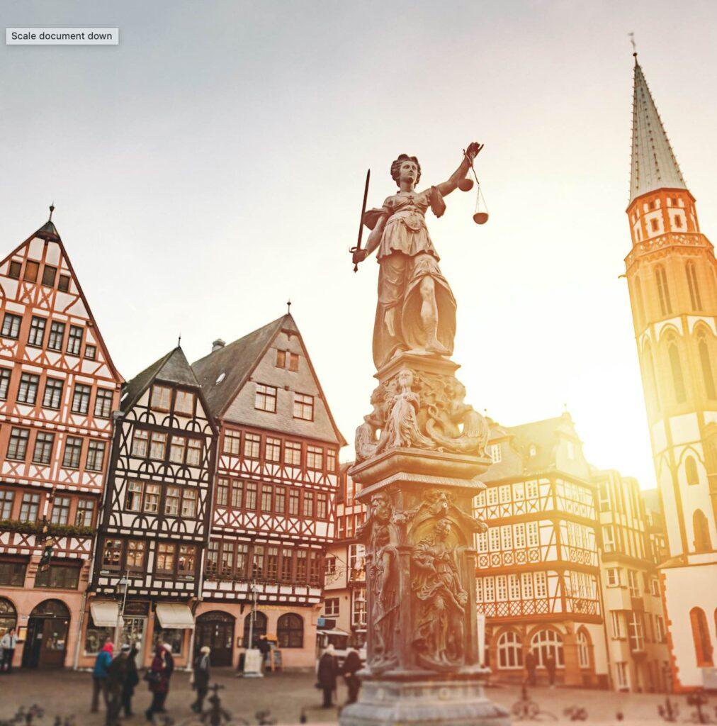 Römerberg-Altstadt-Platz-in-Frankfurt