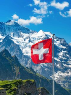 Switzerland To Reopen For Vaccinated Travelers