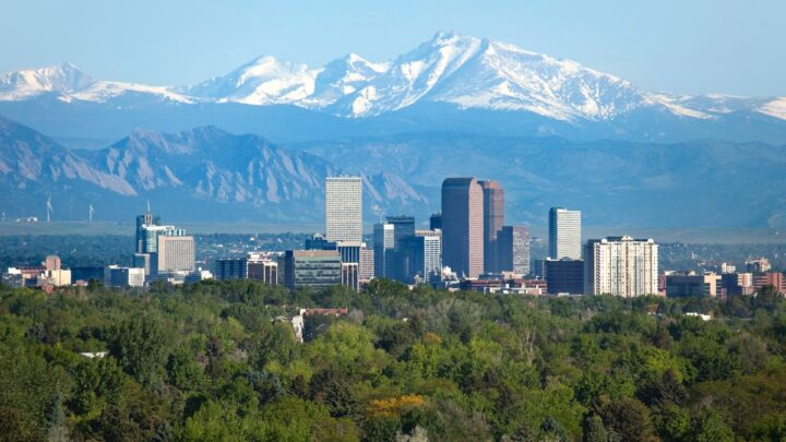 Top 7 Reasons to Visit Denver this Summer