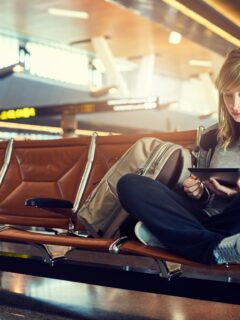 6 Ways To Pass The Time On A Long Layover