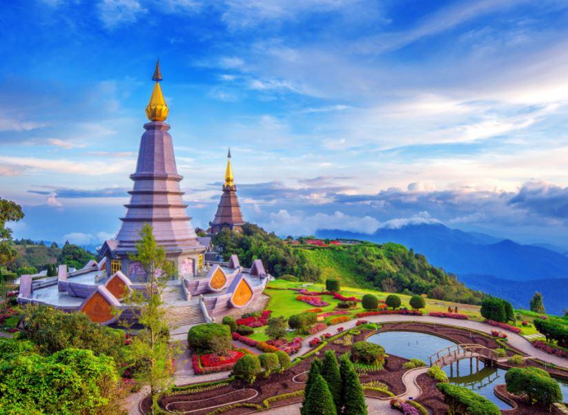 thailand chiang mai temple mountain pagoda