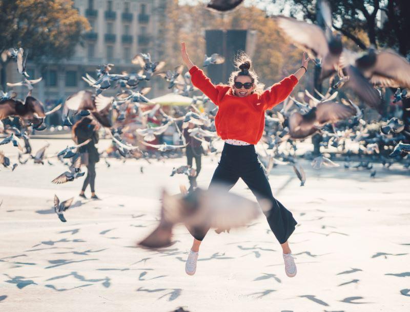 woman jumping barcelona