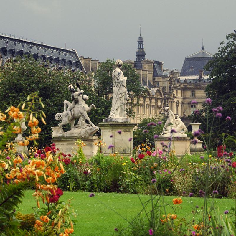 Paris park, statues and flowers
