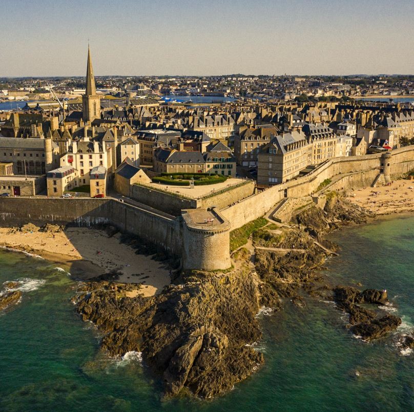 St Malo Brittany town and sea