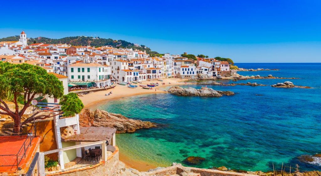 """US Places Spain And Portugal On Its """"Do Not Travel"""" List"""