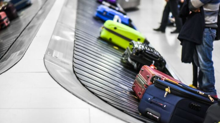 US Plans To Make Airlines Refund Passengers For Delayed Baggage
