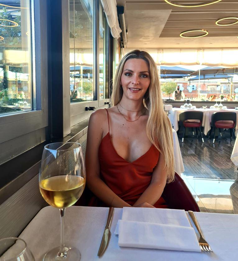 Wine Inexpensive at restaurant