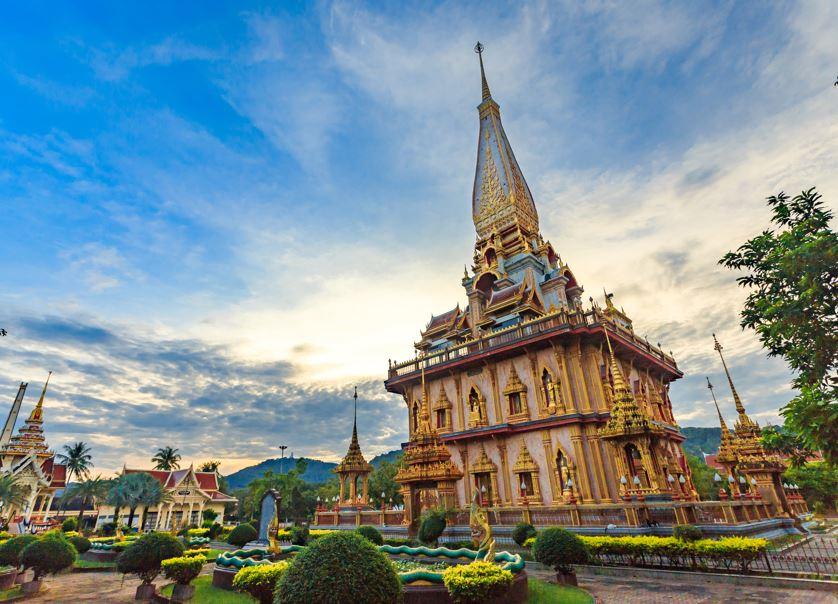 chalong phuket temple