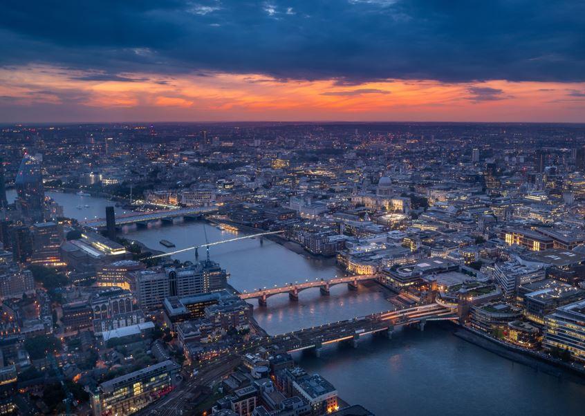 london cityscape sunset