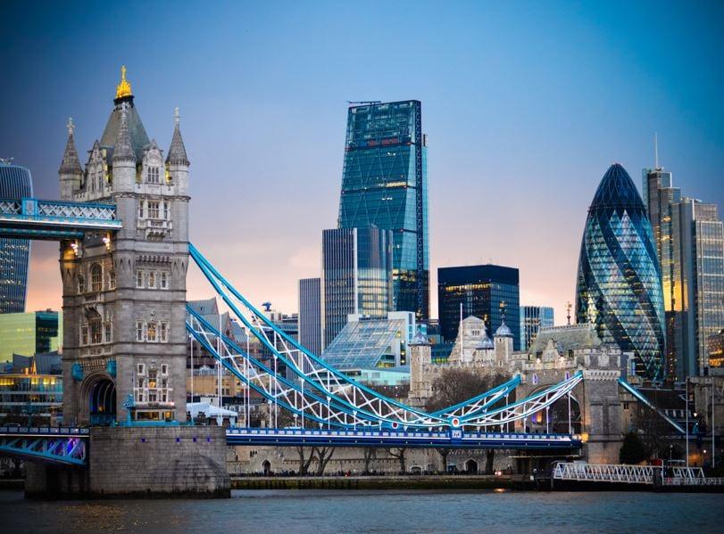 london skyline tower bridge