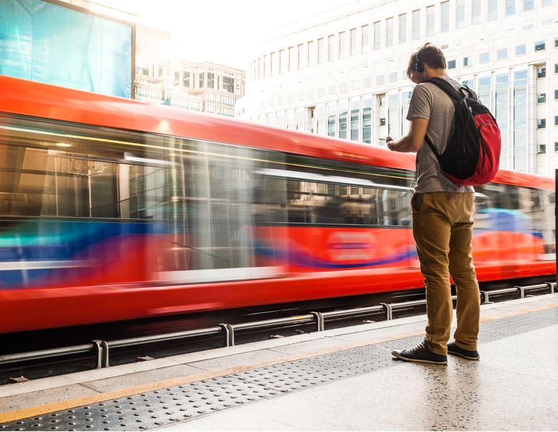 london traveler tube backpacker