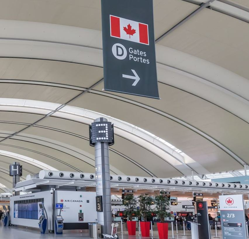 air canada check in section at airport